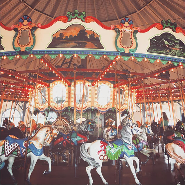 Looff Hippodrome carousel
