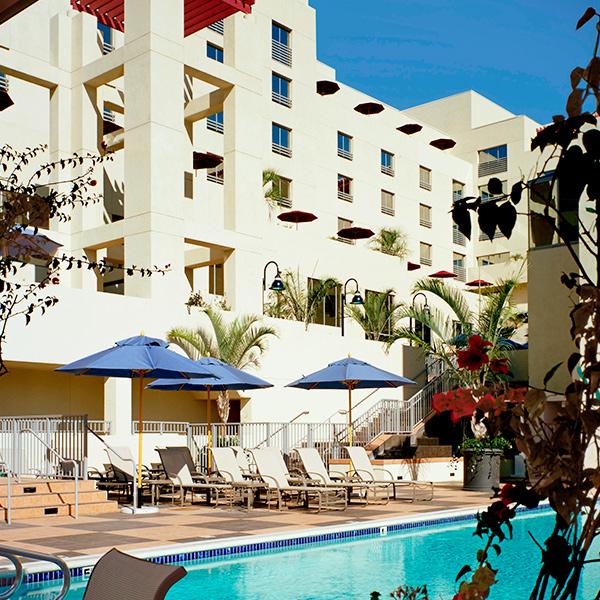 Santa Monica pool JW Marriott Santa Monica Le Merigot