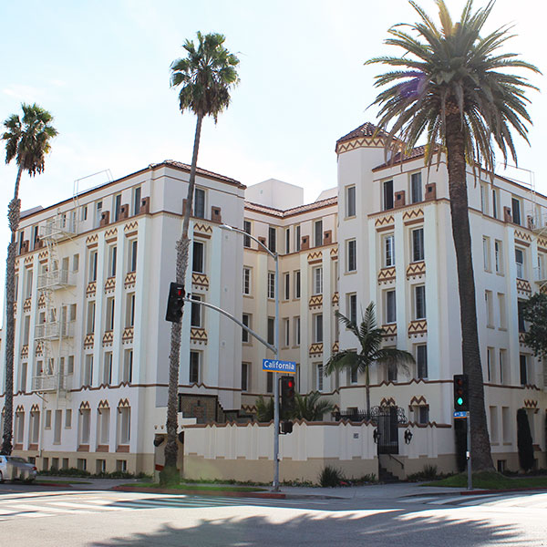 Santa Monica Architecture: Charmont Apartments