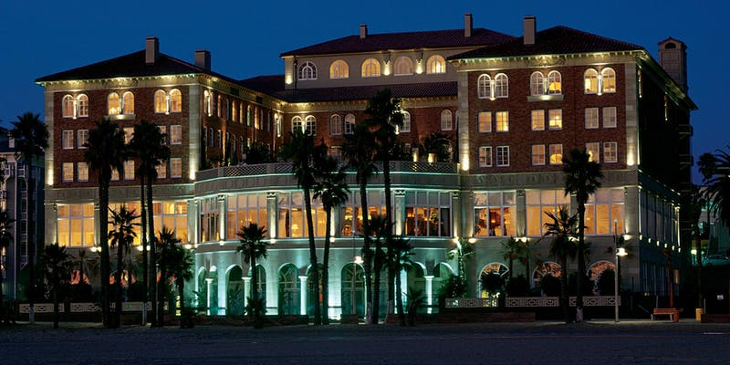 New Year's Eve by the Sea Celebration at Hotel Casa del Mar