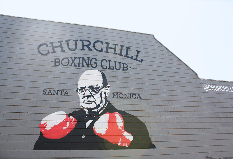 Mural of Churchill wearing boxing gloves