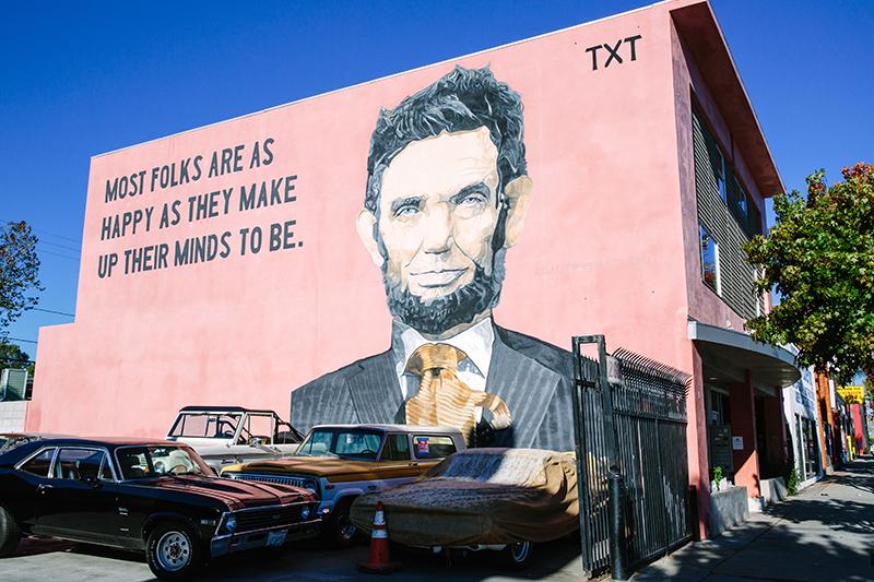 2640 Lincoln Blvd