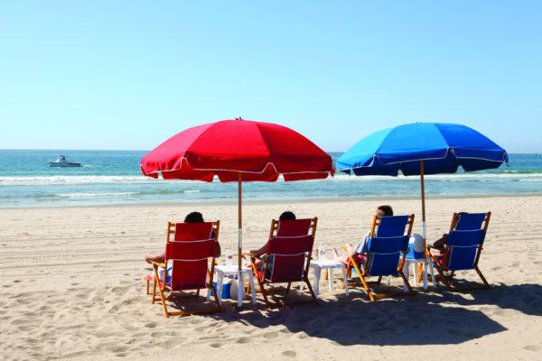 Perry's Café and Beach Rentals beach butler service