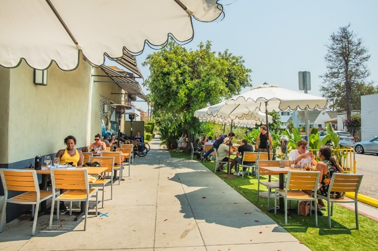 Art's Table is a restaurant with patio in Santa Monica