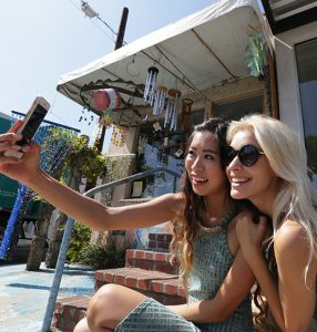 Travel Hacks for an Amazing Santa Monica Vacation