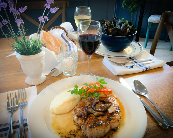 Meal at Le Petit Chez Mimi in Santa Monica